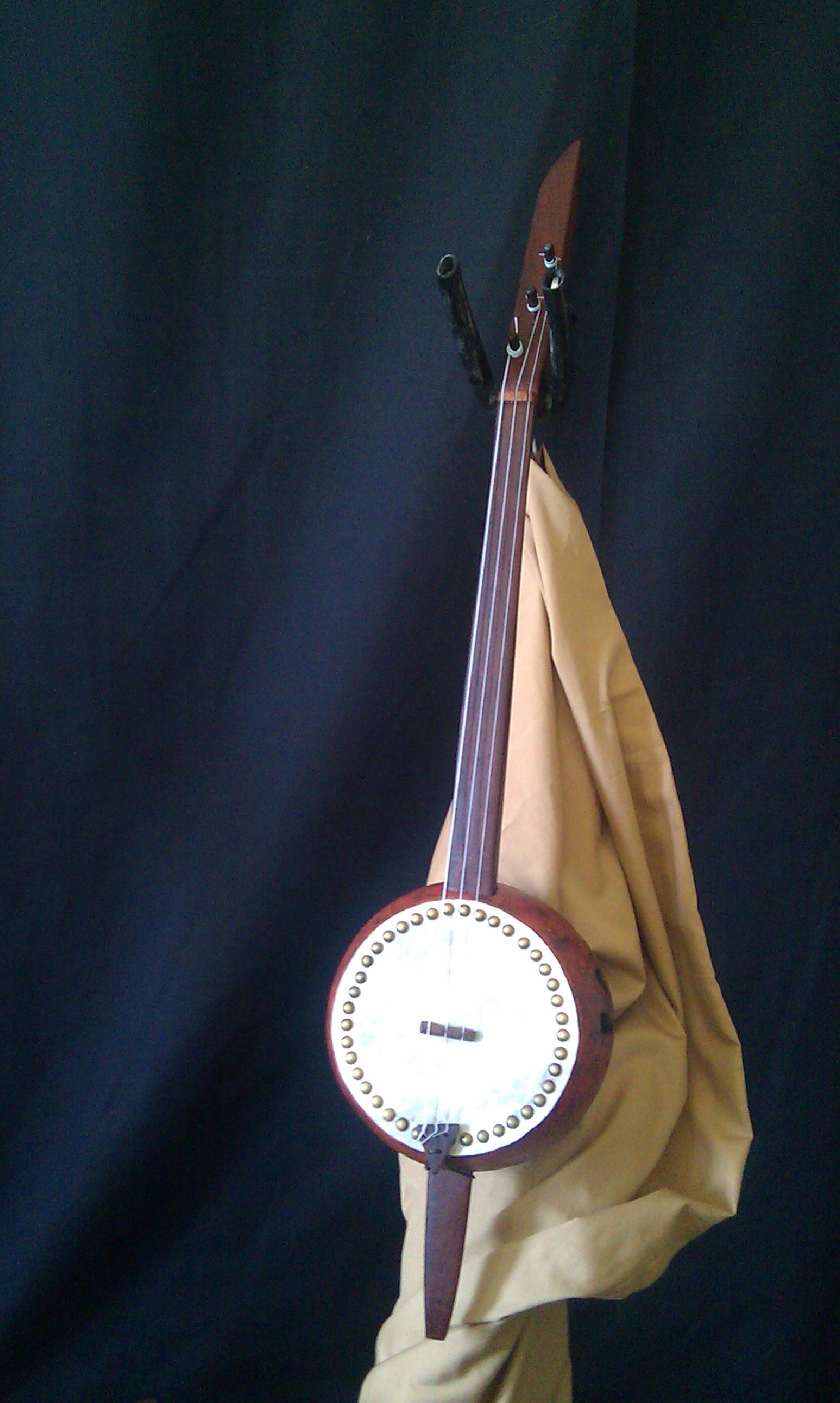 3-string soprano banza